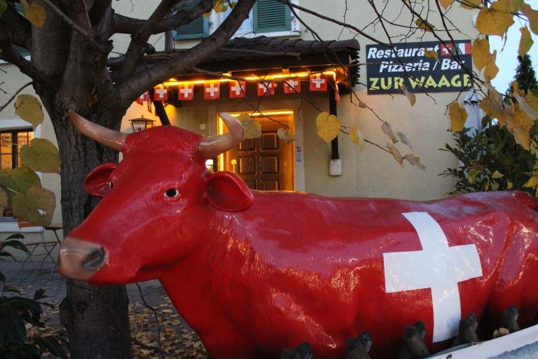 Eingang zum Restaurant zur Waage in Reinach